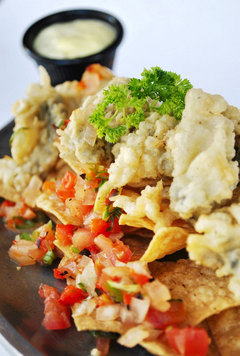 100518-seagrill-nachos.jpg