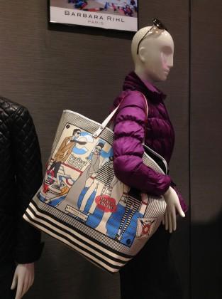 ヴァネッサブリューノの NEWトートバッグコレクション