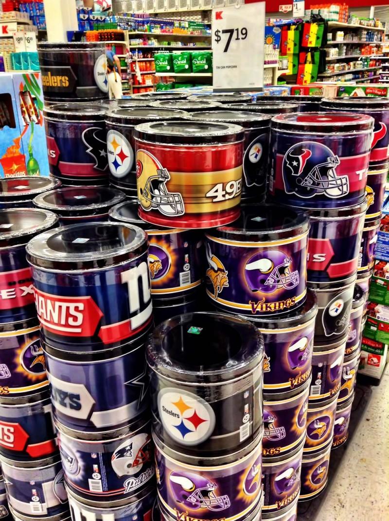 NFLオフィシャル缶入りポップコーン(Kマート)
