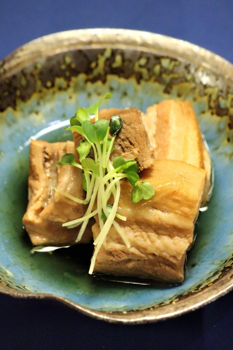 嵯峨野の季節限定メニュー カナダ産 黒豚三枚肉のやわらか角煮