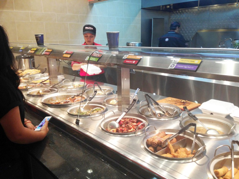 中国料理のファーストフードレストラン パンダエクスプレス
