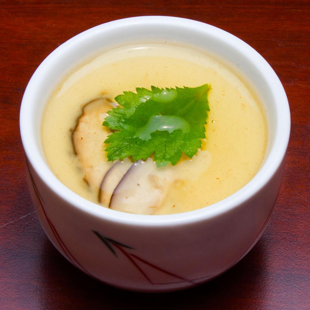 銀杏と茸の茶碗蒸し 嵯峨野の中秋の味覚御膳