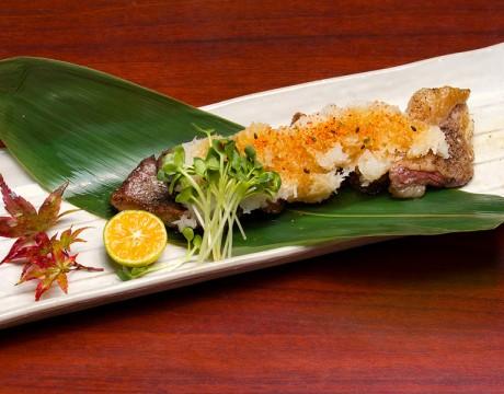 日本産和牛(かぶり肉)の炙り焼き おろしポン酢のせ (嵯峨野 秋のスペシャルメニュー第二弾)