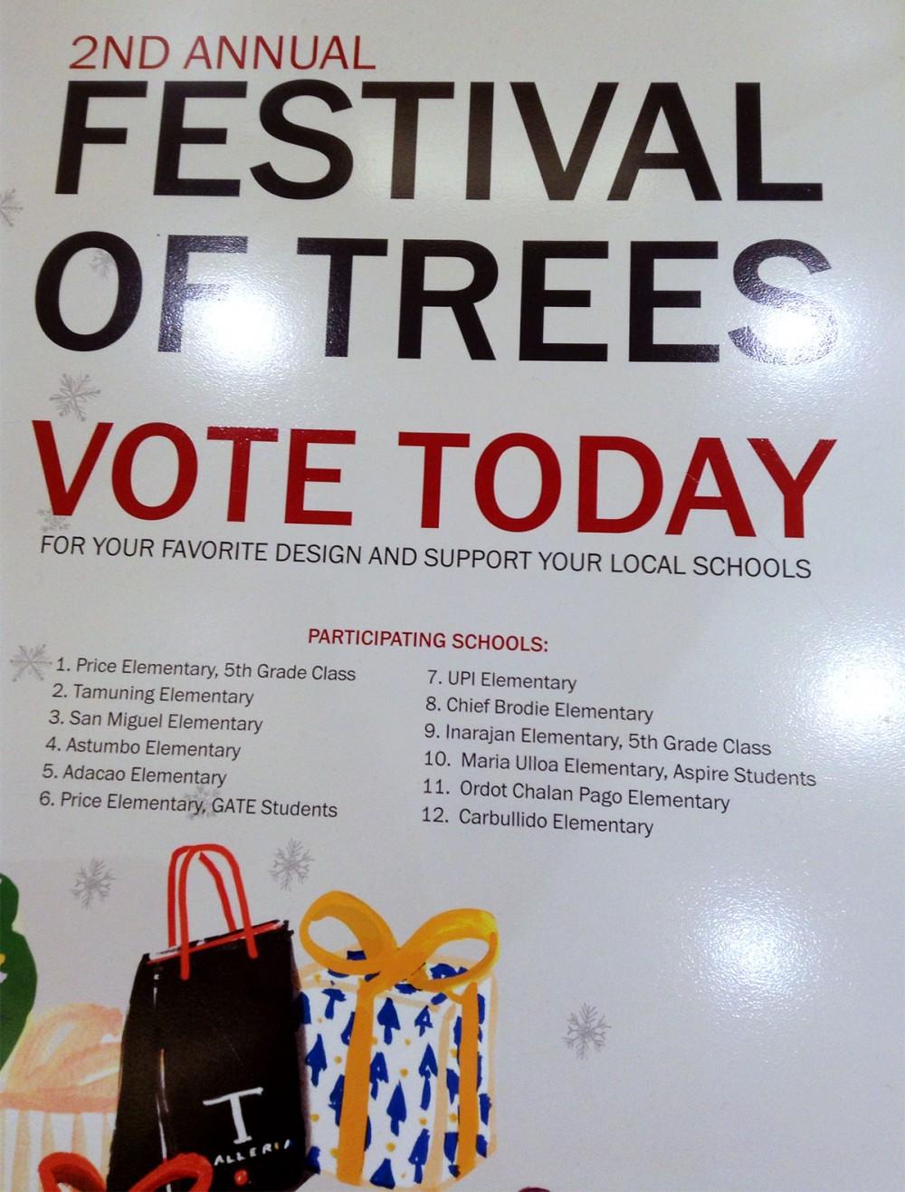 """Festival of Trees 2014"" (Tギャラリアグアム)"