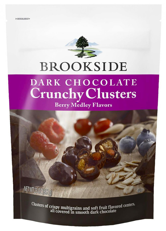 クランチクラスターズ〜ベリーメドレーフレーバー BROOKSIDEのダークチョコレートシリーズ