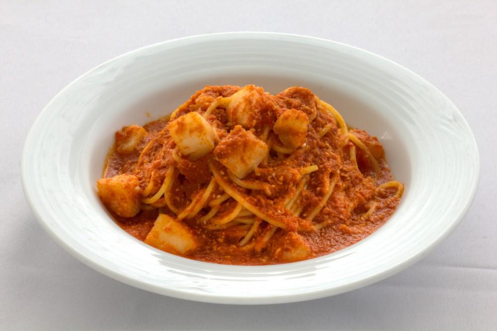 ホタテのスパゲッティ $18.00 (キャラベル)