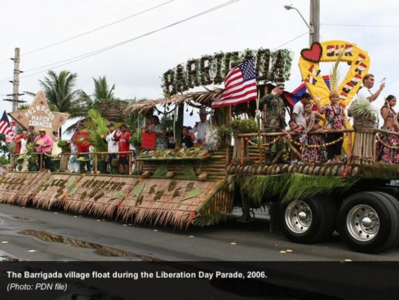 2006年のグアム解放記念パレード (Pacific Daily News)