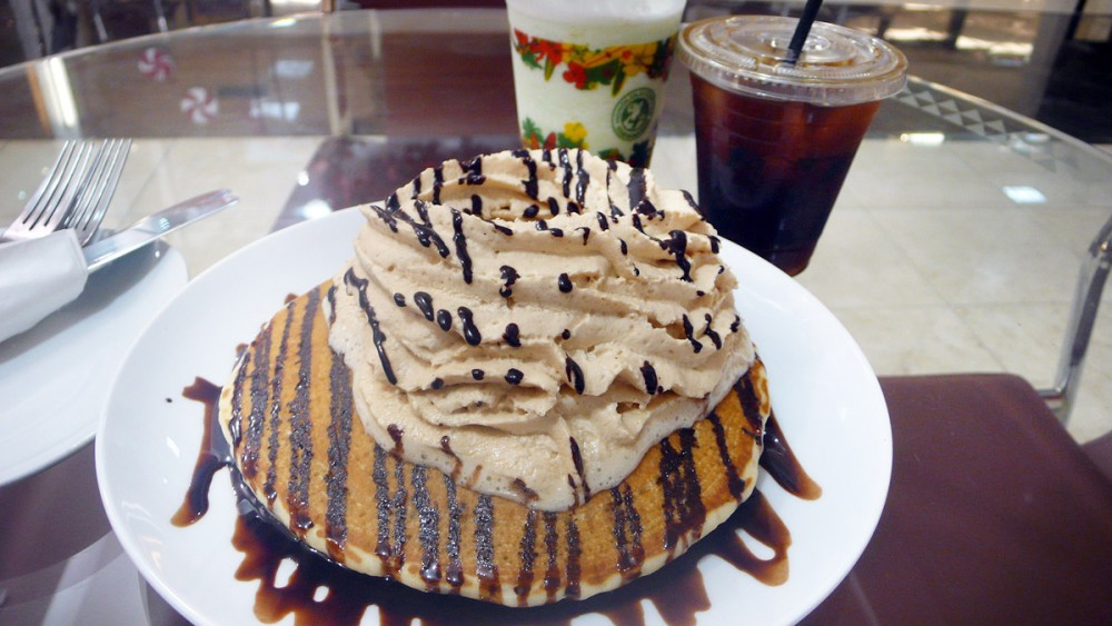 ホノルルコーヒーカンパニーのコナクリームパンケーキ タモンサンズプラザ