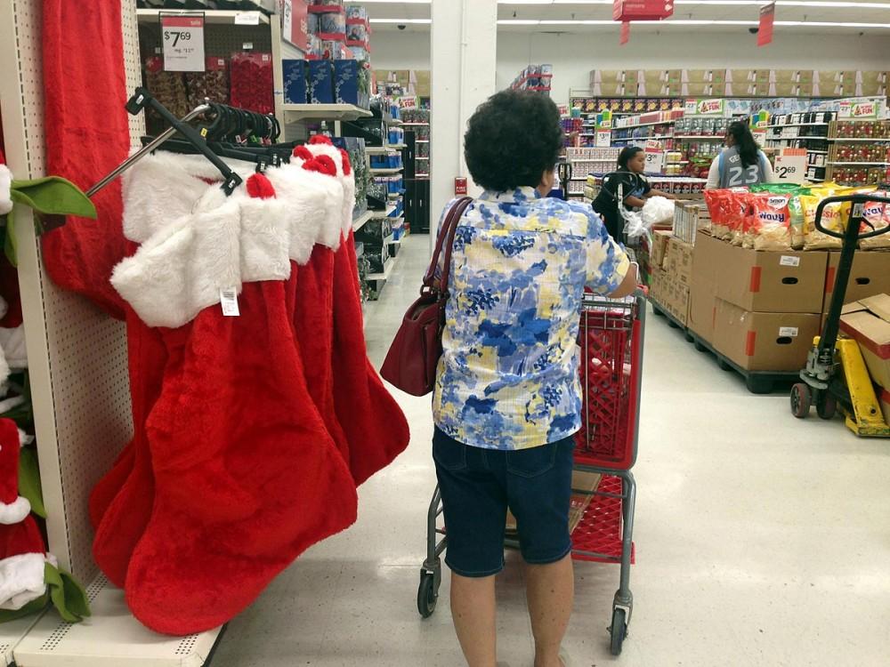 Kマートのクリスマス、ジャンボサイズのソックス。