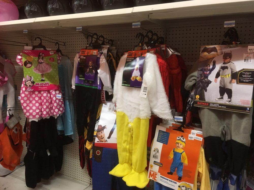 ハロウィンのコ子供用のスチューム Kマートのハロウィン売り場