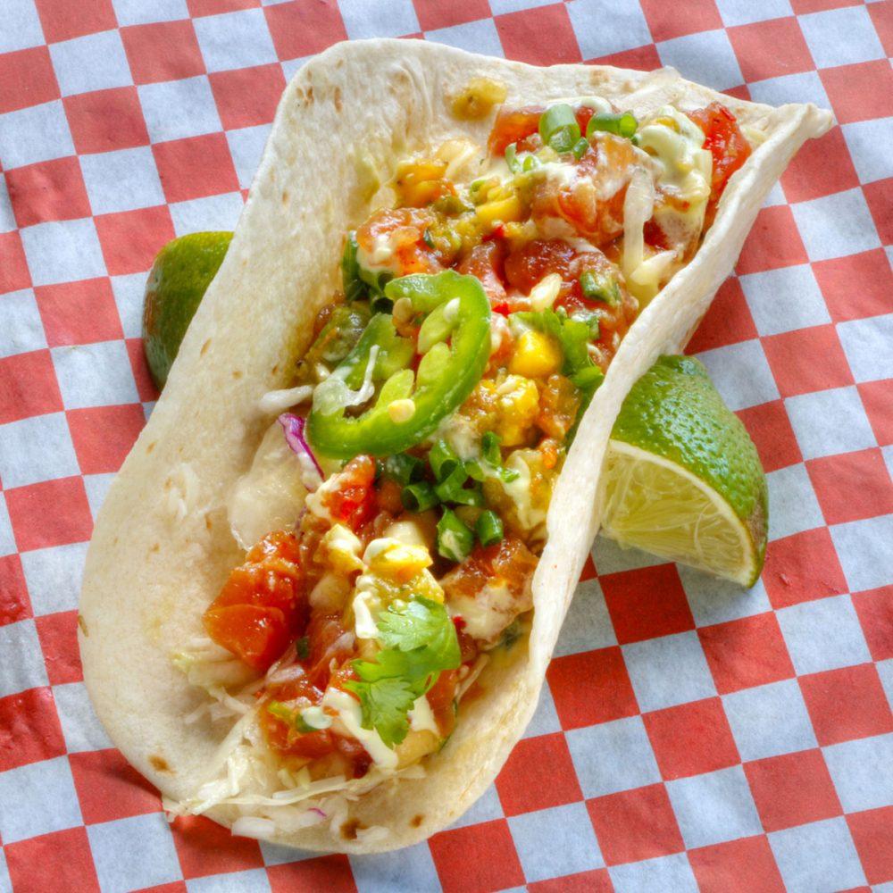 アヒツナポキタコ タモンタコス(Tumon Tacos)