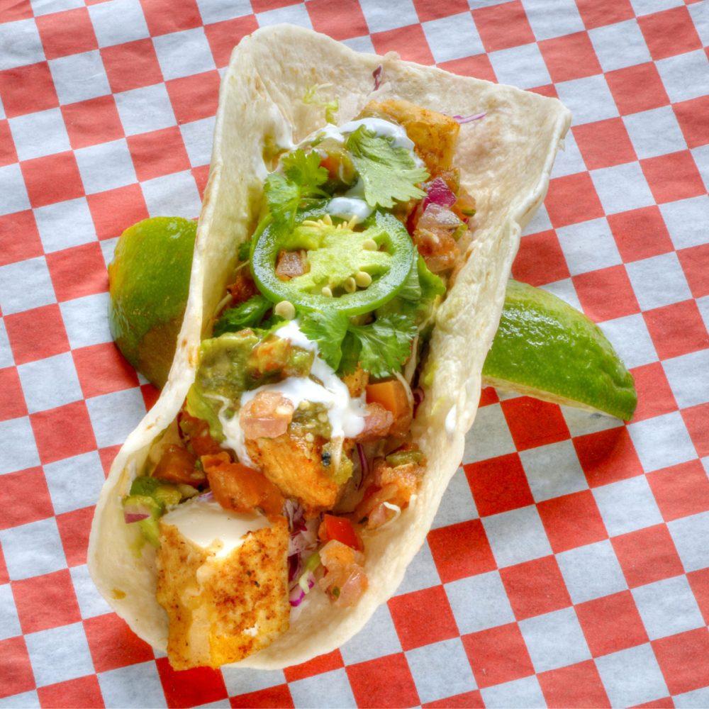 豆腐タコ タモンタコス(Tumon Tacos)