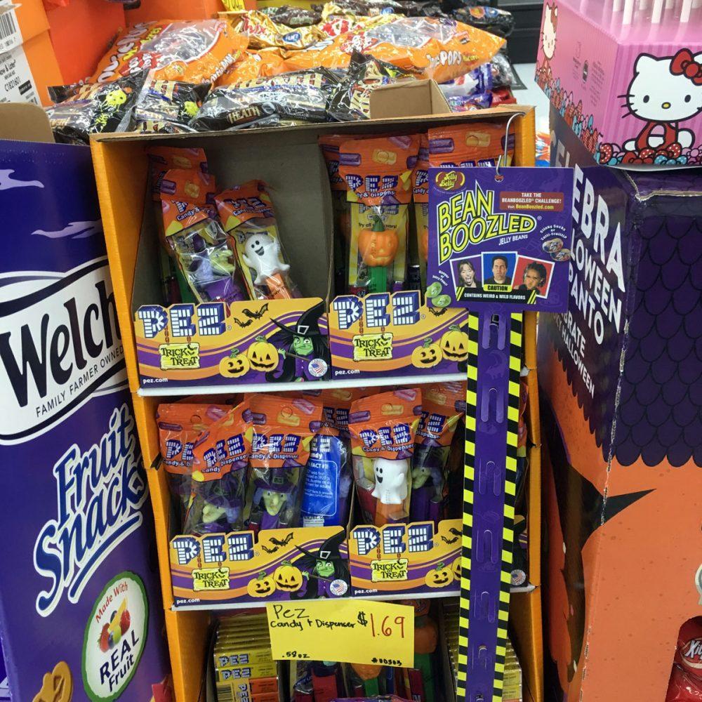 ハロウィン限定のPEZ (ペイレススーパーマーケット)