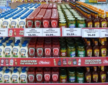 ハインツの特設コーナー (ペイレススーパーマーケット)