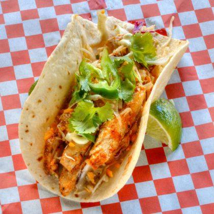 BBQチキンタコ タモンタコス(Tumon Tacos)